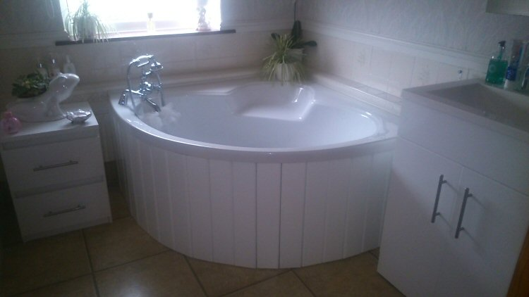 High gloss white mdf flexible bath panel ideal for corner for How to create a spa bathroom